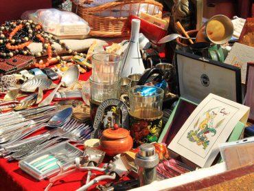 Šodien Spīķeru kvartālā norisinās vasaras noslēdzošais Rīgas krāmu tirdziņš