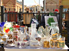 Insight in first Riga flea market 2017