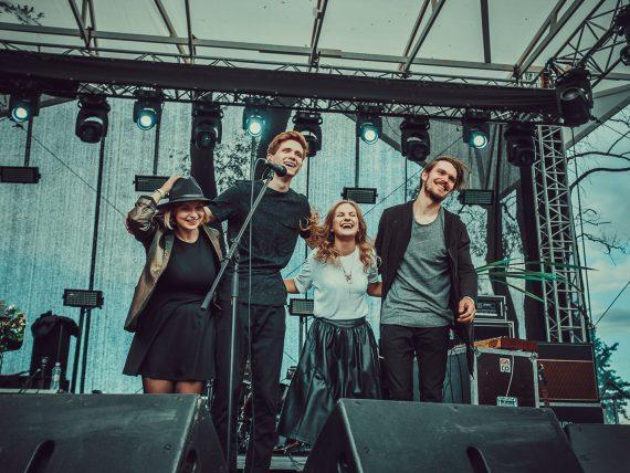 Grupa FRANCO FRANCO un Andrei Senkevich Band brīvdabas koncertā Spīķeros