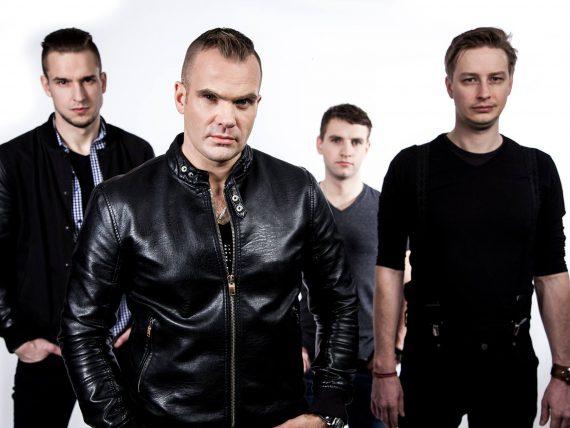 Grupa Z-Scars brīvdabas koncertā Spīķeros