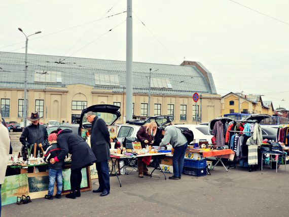 Photos: First Car Boot Market in Spikeri